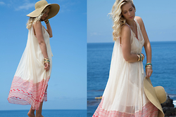 Lily Levy - Freepeople Full Of Love Shapeless Dress, H&M Hat, Forever21 Etched Bangle Set Gold - Light Summer Breeze