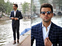 Marc Galobardes - Zara Suit, H&M Shoes, Zara Shirt - AMSTERDAM