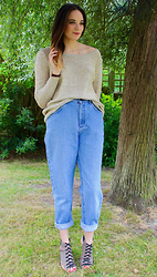 Albertine Brandon - Mum's Wardrobe Jumper, Vintage Lee Jeans, River Island Heels - Shopping My Mum's Wardrobe|Part 2
