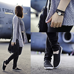 Ewelina Dobosz - Glitter Watch, Only Cardigan, Kappahl Bag, Seppala Top, Kappahl Jeans, New Yorker Shoes - Welcome aboard - Comfy Casual