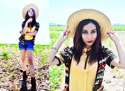 Elsa Lucía Flores - Equestrian Riding Boots, Abercrombie & Fitch Blue Denim Vintage Shorts, Lieb Yellow Button Up, Artesanal Native Hand Crafted Cardigan, Artesanal Handcrafted Hay Hat, Elsa Lucia Diy Horseshoe Cameo Cowboytie, Bobbi Brown Eyeshadow Palette - Tequila Sun