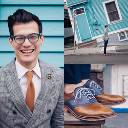 Chris Nicholas - Blackbird Golden Mustard Knit Tie, Cole Haan Waterproof Saddles, Diy Bug Pin, Zara Db Blazer, Indochino Navy Twill Pants, Warby Parker Duckworth - 153