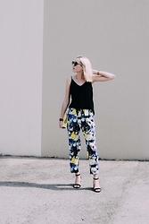 Laugh of Artist - Zara Top, Tammy & Benjamin Bag, Zara Sandals, Mehtap Elaidi Pants - Summer pants
