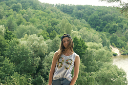 Nelia C - A Shop Cap, Reserved Top, Pull & Bear Shorts - Hiking