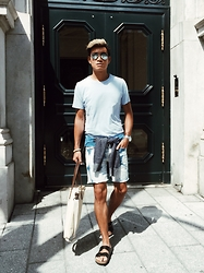 Alexander Liang - Guess Denim Shorts, Birkenstock Sandals, Ray Ban Aviator Sunglasses - Exploring Montreal