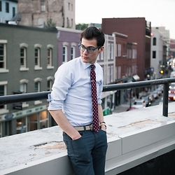Chris Nicholas - Blackbird Tie, Indochino Shirt, Levi's® 511, Thread Etiquette Watch - 154