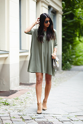 Kayla Seah -  - T-Shirt Dress