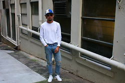 Dan Pantoja - Ebbets Field Vintage Strapback, As Colour Base L/S Tee, Neuw Relax Studio Jeans, Adidas White/Navy Stan Smith - (GRAND)AD AESTHETIC Δ