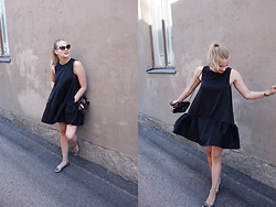IIDA H - H&M Peplum Dress, Mulberry Lily - Little Black Peplum Dress