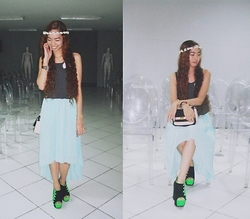 Rae Abigael Caacbay - Persunmall Mullet Skirt, Kaymar Alekzis Shop Flower Crown, Thrifted Black Polka Dots Cropped Top - Chamomile tea with a dose of sleep syrup