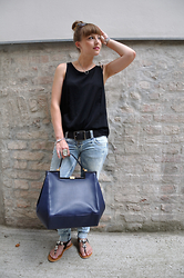 Patrizia St -  - Spice up your denim style