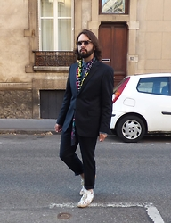 Max. G - Prada Round Framed Glasses, Dsquared2 Denim Shirt, Dsquared2 Colorful Scarf, De Fursac Suit, Maison Martin Margiela Drip Painted Shoes - Future is now
