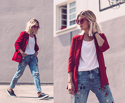Mikuta - Zara Blazer, Zara Jeans, Circus By Sam Edelman Shoes, Zerouv Sunglasses - RED BLAZER + DENIM