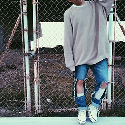 Mikhael S - Grey Sweater, Diy Tattered Jeans, Uniqlo White Calf High Socks, White Platform Sneakers - Grey Area