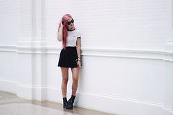 Amy Valentine - Gypsy Warrior Alien Ringer Tee, Stone Fox Black Tennis Skirt, Dr Martens Black Boots - I WANT TO BELIEVE