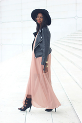 Stephanie C - Zara Hat, Perfecto, Sandals, Boohoo Maxi Dress - MINIMAL ROMANCE