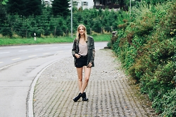Carina Müller -  - Rainy Summer Day – Military Parka, Boots and Shorts