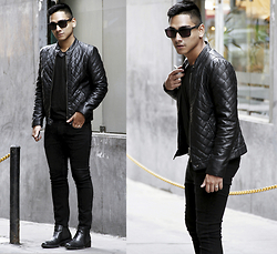 Jimy Escobedo - H&M Chaqueta, Zara Jeans, Ecco Boots, Brn Clothing T Shirt, Wewood Gafas - Total Black Look