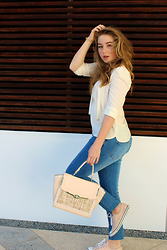 Lily Elston - Zara Shirt, Cotton On Jeans, Forever New Bag, Converse Sneakers - Sheer Simplicity