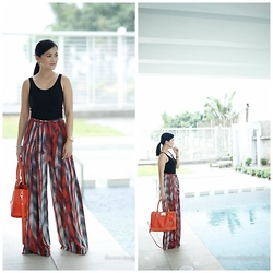Apple Alagon - Zara Printed Palazzo Pants, Forever 21 Jersey Tank Top - Orange is the New Black