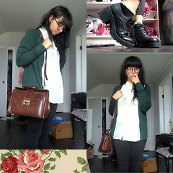 Molly Girard - Thrifted Vintage Leather Bag, George Forest Green Cardigan, Thrifted Witch Shoes, Ardene Frilly Socks, Ebay Glasses - Genderbent Slytherine Harry Potter