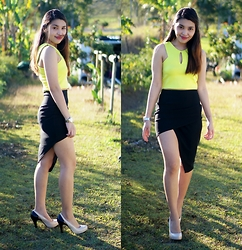 Maylene Salandanan - Apartment 8 Clothing Crop Top, Missguided Skirt - Contrast