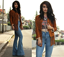 Tessa Diamondly - Spell Designs Fringe Suede Jacket, H&M Flare Jeans - Summer Of '69.