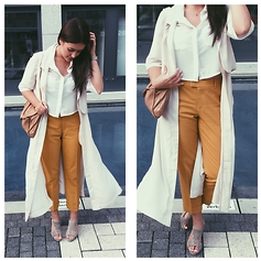 Kathyscha R. - Ralph Lauren Trousers, Gina Tricot Coat - Friday
