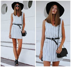 Yulia Sidorenko - Zara Dress, Dresslink Bag, Centro Hat, Dressgal Sunglasses, Style Moi Flash Tattoo, Asos Sandals, Dressgal Sunglasses, Dressgal Rings - Vertical stripes
