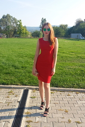 Oana O - Red Dress, Golden Clutch, Black Sandals - Red is my new obsession