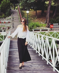 Gabriela Kogut -  - Off shoulder top + maxi skirt