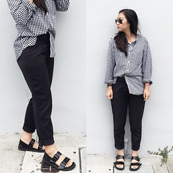 Tiffany Wang - Zara Pants, Muji Shirt, Zara Sandals - MUTED GINGHAM
