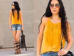 WOWS . - Tous Gold Bracelet, Solextrem Prada 12qs - MUSTARD COLOR, FRINGES AND GLADIATORS