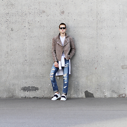 Patrick Pankalla - Diesel Ripped Jeans, Weekday Quilted Sweatshirt, Valentino Open Sneakers, Popcph Suede Biker Jacket, Acne Studios Basic T Shirt, Ralph Lauren Sunglasses - Ripped Washed Jeans