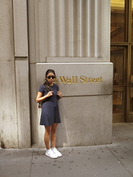 Khiara Albaran - Adidas Stan Smith, Ray Ban Wayfarer (Folding), Coach Backpack, Zara Flared Dress - Wall Street
