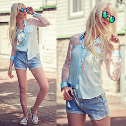 Oksana Orehhova - Dresslink Shirt, Dresslink Shorts, Oceanfashion Necklace - LOVE KEY