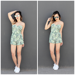 Marilyn N. - Quay Australia My Girl, H&M Romper, Adidas Stan Smith - Palm Trees.