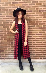 Nessa - Forever 21 Long Plaid Outerwear, Converse Brown Distressed, Forever 21 Black Fedora, Nordstrom Black Leggings - An Ode To The Grunge