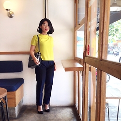 Aurelia Olivia - Lookboutique Yellow Shirt, Trixie High Waist Pants, Stradivarius Pump Heels - Bright