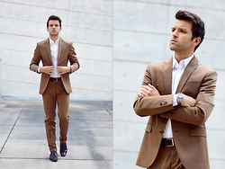 Marc Galobardes - Zara Suit, Zara Shoes, Zara Shirt - BROWN SUIT #ZARAMAN