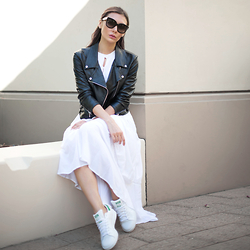 Tienlyn . - Somedays Lovin' White Maxi Dress, Leather Moto Jacket, Adidas Stan Smiths, Céline Audreys - TOWNIE