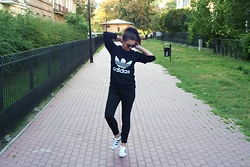 Klaudia -  - ADIDAS ORIGINALS