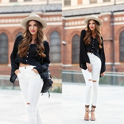 Larisa Costea - Romwe Top, Romwe Pants, Romwe Hat - Crop tops and high waists