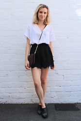 Liz Benichou - Sandro White V Neck Blouse, Topshop Black High Waist Shorts, Sandro Cross Body Bag, H&M Western Ankle Boots - Birthday Outfit