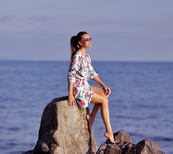 Perventina Ols - Glasses, In Love With Fashion Dress - In Love With Sea