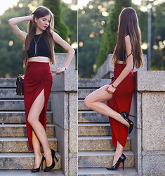 Ariadna Majewska - Burgundy Split Skirt - Burgundy chic
