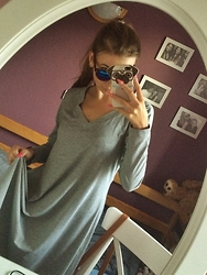 Kasia GumiJagoda - Sunglasses, Dress - Grey dress