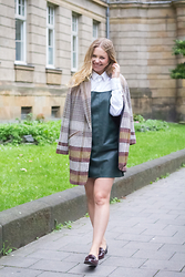 Irina Tschatchina -  - Green zara dress and JustFab Loafers for Autumn