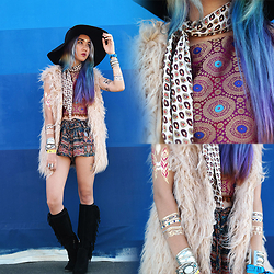 Sera Brand - Linf Aruna Top, Cn Direct Faux Fur Vest, The Soulful Gypsy Day Tripper Short, The Love And Madness Metallic Tattoos - KAABOO Music Festival | Day 1