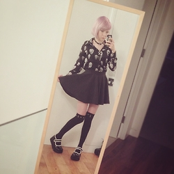 Fin ☆ - Sheer Skull Blouse, Circle Skirt, Demonia Platform Mary Janes - 17092015